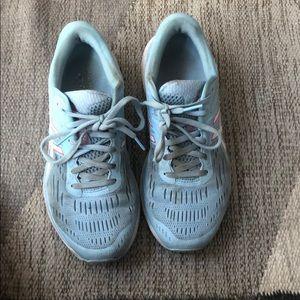 ASICS gel cumulus running shoes 8.5